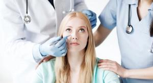 Efekt selfie: młodzi zwracają się do chirurgów plastycznych by poprawić nieistniejące wady