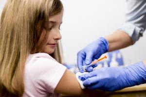 Ruchy antyszczepionkowe nie próżnują, czy potrzebujemy edukacji pacjentów ws. szczepień?