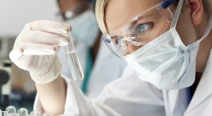 Naukowcy z Łodzi szukają metody leczenia zespół jelita drażliwego