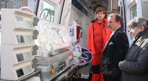 Kraków: przepisy wymusiły konieczność transportowania chorych noworodków