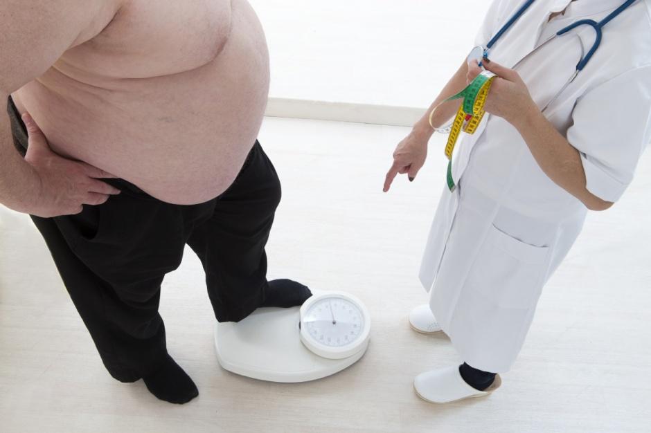 Łódzkie: otyły pacjent w szpitalu - tu zwykłe łóżko nie wystarczy