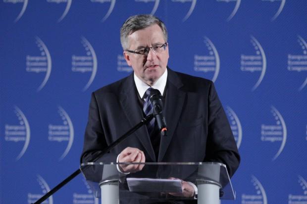 Komorowski o in vitro: nie jestem prezydentem polskich sumień
