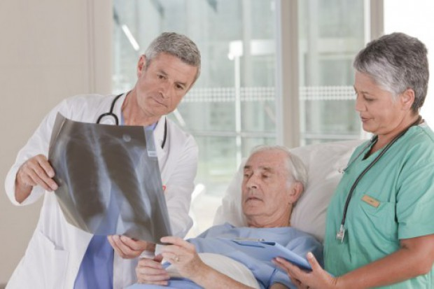 Jedynie 60 proc. geriatrów pracuje w specjalizacji
