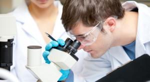 URPL: żaden lek nie wykazał jeszcze skuteczności w leczeniu COVID-19, ale...