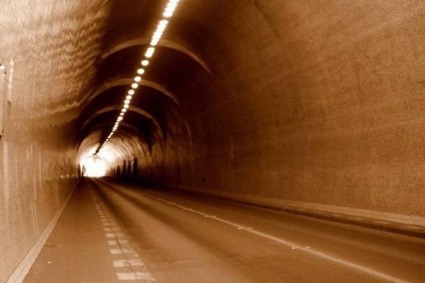 Grodzisk Mazowiecki: tunel zbyt niski dla karetek