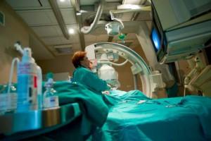 Poznań: nowoczesny angiograf pozwala sprawniej wszczepić rozrusznik serca