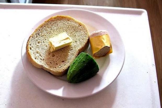 Ekspert: ryzyko niedożywienia jest dużo większe u osób starszych