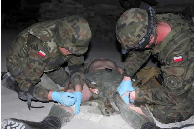 USA: opatrunek-gąbka trafił z wojska do powszechnego użytku