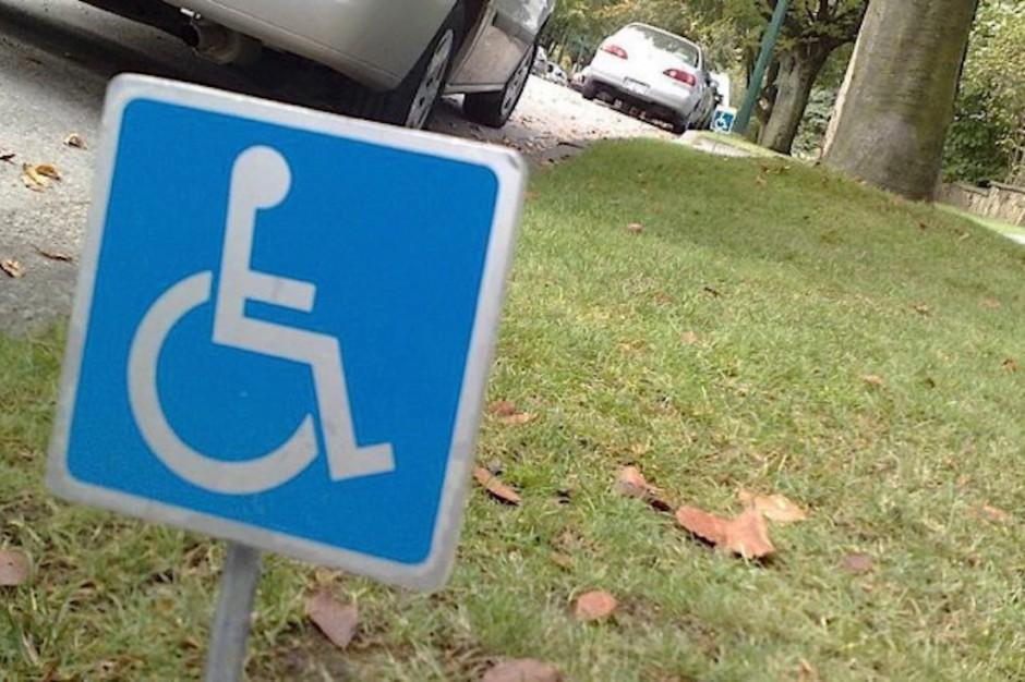 Sasin zapowiada poprawkę do ustawy o 500+ dla niepełnosprawnych