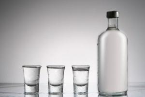 Łódzkie: miała 1,3 promila alkoholu w organizmie - urodziła bliźniaki