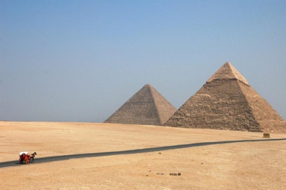 Egipt: dwójka brytyjskich turystów zmarła z powodu zatrucia bakteriami E. coli