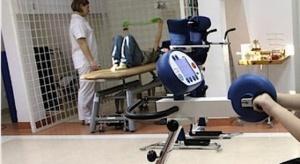 Eksperci: osoby chorujące na SM potrzebują spersonalizowanej rehabilitacji