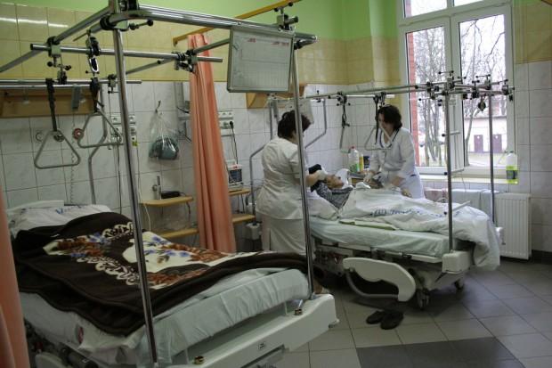 Szpital w Biłgoraju nie przyjmuje pacjentów; pielęgniarki na zwolnieniach