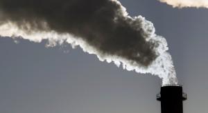 Badanie: epidemia koronawirusa przyczyniła się do ograniczenia emisji CO2 w Chinach