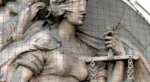 Warszawa: Sąd Apelacyjny bada sprawę fałszowania dokumentacji medycznej