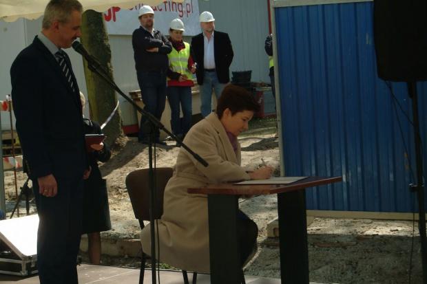 Warszawa: ruszają inwestycje w Szpitalu Wolskim