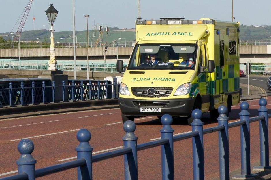 Irlandia Północna: załogi karetek zastrajkowały, domagają się podwyżek