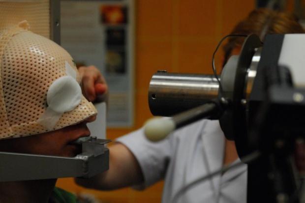 Kraków: wiązka protonów już leczy pierwszych pacjentów