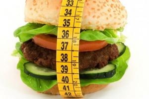 Badania: 16-godzinny post pomocny w walce z otyłością?