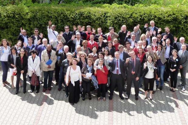 Warszawa: francuscy studenci gościli w zakładzie produkcyjnym Anpharm