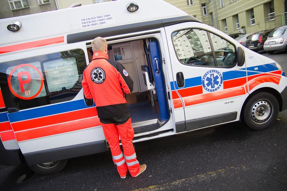 MZ odpowiada ratownikom medycznym