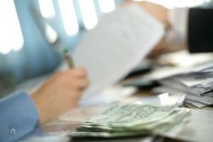 Kary nakładane przez NFZ na szpitale opóźniają płacenie dostawcom?