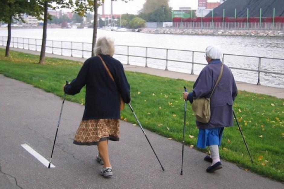 Badania: aż 56 proc. seniorów nie podejmuje żadnej aktywności fizycznej