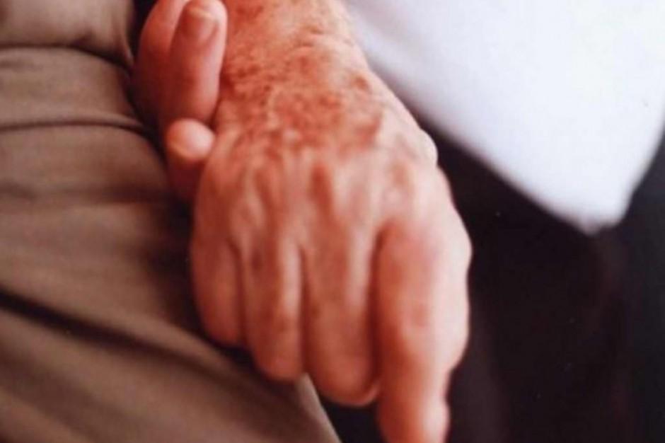Eksperci: narasta problem niedożywienia u osób z chorobą Parkinsona i Alzheimera