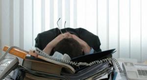 Szeregowy pracownik bardziej narażony na zawał niż dyrektor?