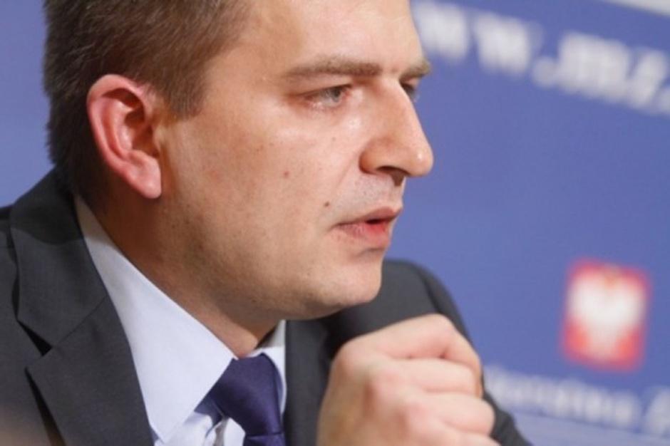 """Kłótnia o obieg informacji na linii GIF - MZ. Poszło o """"pełniącego obowiązki"""""""