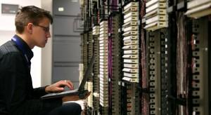 4 mln polskich internautów odczuwa lęk przed odłączeniem od internetu