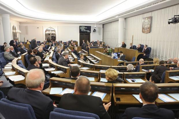 Senat nie rozszerzył porządku obrad o informację ws. listu prezydenta nt. in vitro