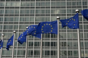 UE/Horyzont 2020: Gowin zabiega o wyższe wynagrodzenia polskich naukowców
