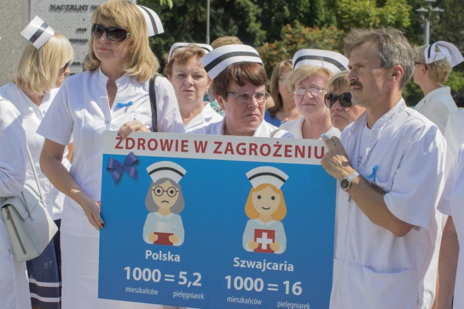Śląskie: pielęgniarki już na liście zawodów deficytowych