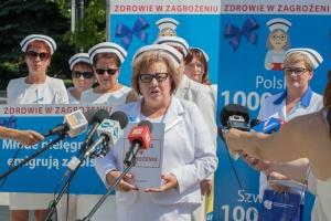 Pielęgniarki podpisały porozumienie z resortem zdrowia dotyczące podwyżek