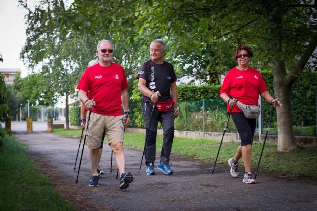 Specjaliści popierają program, który ma rozruszać starsze osoby