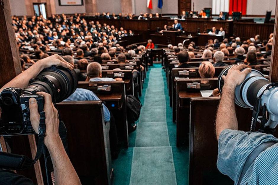 """W Sejmie ostra debata nad projektem o terapii ratunkowej i pigułce """"dzień po"""""""