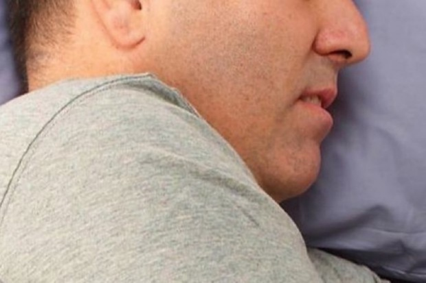 Zaburzenia snu, w tym bezdech senny, zwiększają ryzyko udaru mózgu