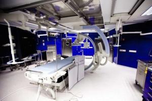 Lwów: wspólny projekt polsko-ukraiński, sala hybrydowa w miejscowym szpitalu