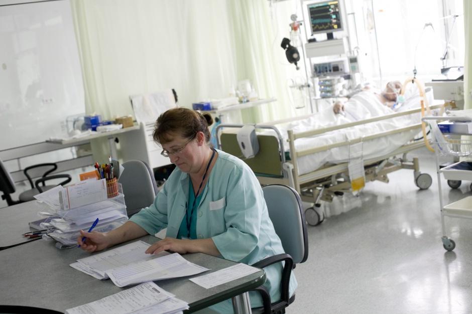 Opole: brakuje pielęgniarek, które mogą wypisywać recepty