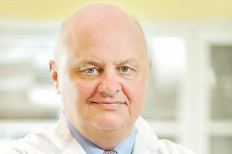 Prof. Wojciech Golusiński: nowotwory głowy i szyi coraz częstsze u osób młodych