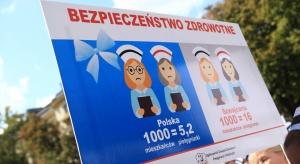 Rzeszów: pielęgniarki manifestują przeciwko warunkom pracy w KSW nr 2