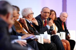 Cała Polska debatuje o polityce senioralnej