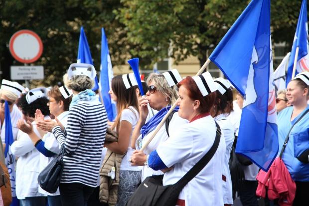 Pielegniarki będą protestować przeciwko planowanym zmianom w POZ