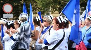 Minimalne płace za bardzo różnicują pielęgniarki. Będą konflikty płacowe?