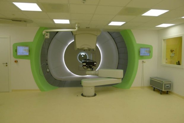 AOTMiT wyceniła terapię protonową w Centrum Cyklotronowym