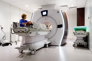 Wrocław: nowy rezonans magnetyczny w USK