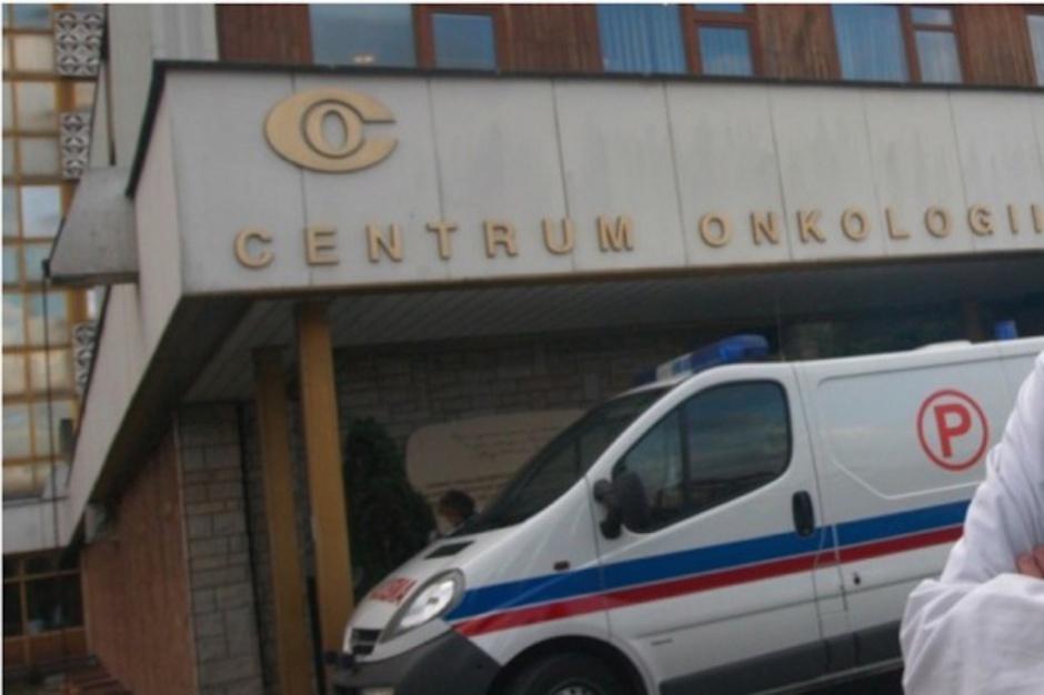 Warszawa: efekty Białej Soboty w Centrum Onkologii