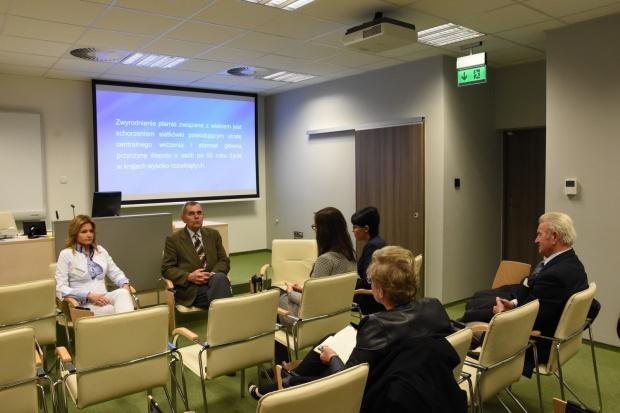 Katowice: w szpitalu przy Ceglanej ruszyła Szkoła AMD