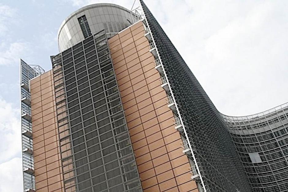 Hongkong: Komisja Europejska zaniepokojona zatrzymaniami osób ze służb medycznych